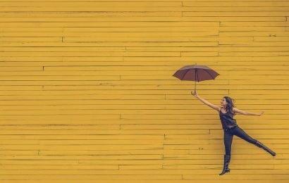 Experten erzählen, wie unsere Beziehungen miteinander, mit der Welt um uns herum und uns selbst kann uns glücklich machen