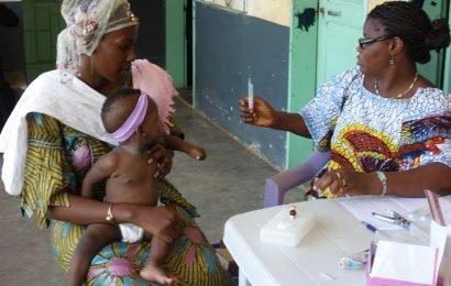 Impfungen haben Auswirkungen auf die Gesundheit über Schutz gegen Krankheiten abzielen