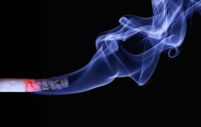Wasserpfeife und Zigarette Rauchen verbunden Herzinfarkte in jüngerem Alter, in Saudi-Araber