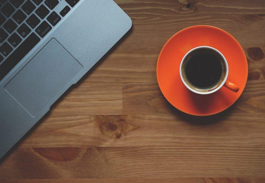 Fünf Tipps, um durch den Tag ohne Koffein