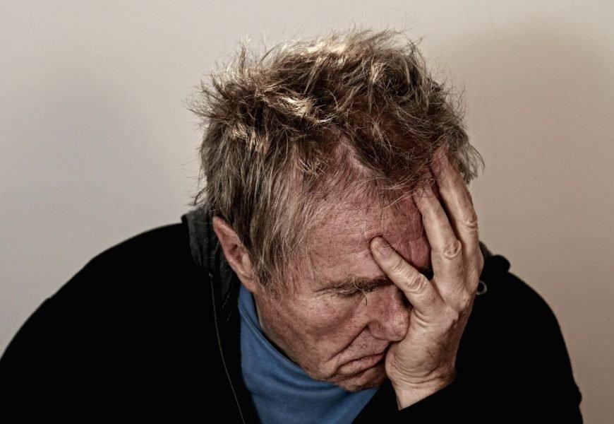 Hypnose zur Bewältigung Schmerzmittel Krise