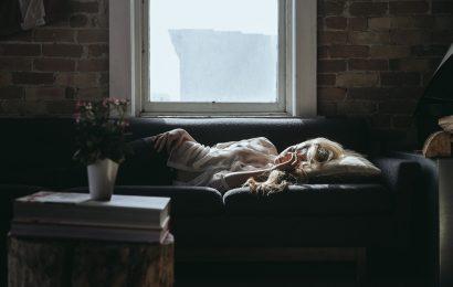 Schnarchen Ursachen von Verletzungen und Verhinderung der Heilung der oberen Atemwege