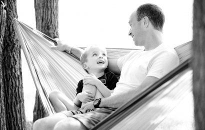 Wie ein Vater sieht seine Beziehung mit seiner Partnerin