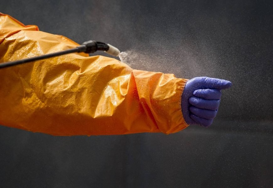 Ebola: A public health response in der Krise