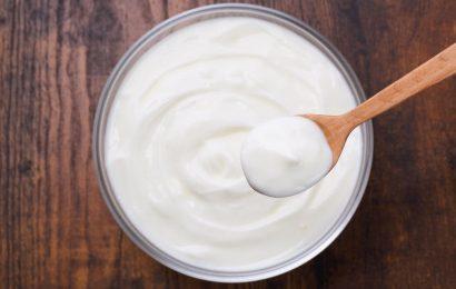 Vollfett-Milch ist OK, wenn Sie gesund sind, aber fettreduzierte Milchprodukte ist immer noch am besten, wenn Sie nicht