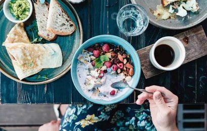 Gut für den Darm: 8 probiotische Lebensmittel, die dein Immunsystem stärken