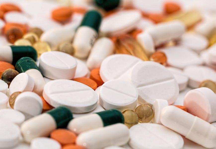 Afrika kämpft, Stiel-tödliche Flut von gefälschten Medikamenten