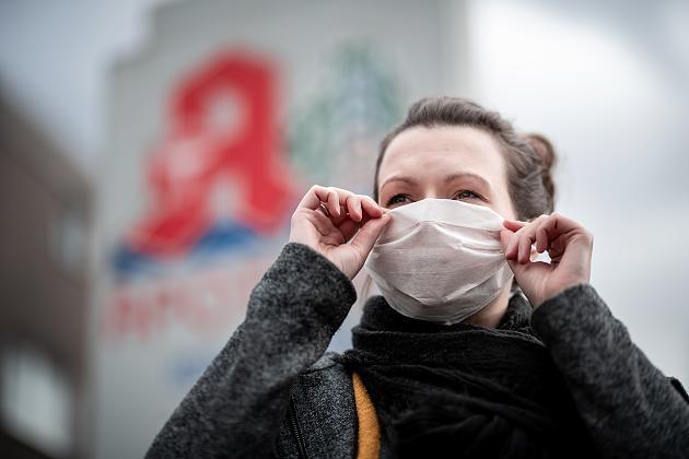 Viele kaufen jetzt einen Mundschutz – doch der hilft gegen das Coronavirus kaum