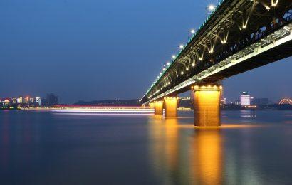 China Bordsteine auf Reisen im Ausland als virus Maut tops 100