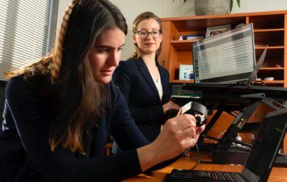 Herzfrequenz-Messung tragbare Monitore variieren je nach Aktivität, nicht die Haut Farbe