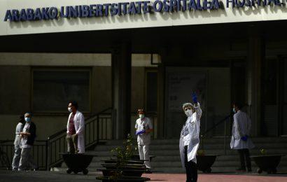 New York schließt sich Kalifornien sperren gegen das virus