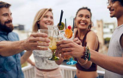Warum junge Leute trinken weniger—und was ältere Trinker von Ihnen lernen können