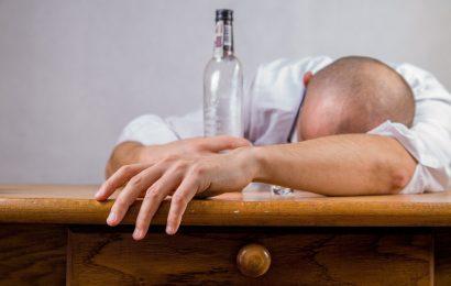 Anonyme Alkoholiker-Methode können die Masche auch mit anderen Behandlungen für Alkohol-Missbrauch