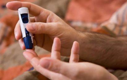 Alter, CRP-up-Risiko für die Mortalität bei diabetes mit COVID-19