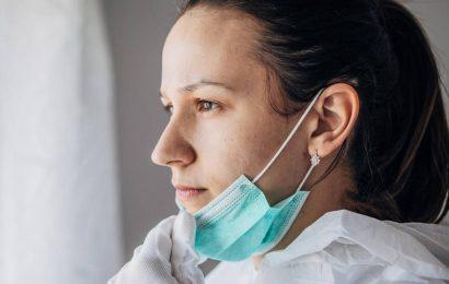 Was man tun kann, wenn die Maske Schmerzen an den Ohren verursacht