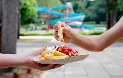 Sommer in Rot-Weiß: Warum bekommt man im Freibad Heißhunger auf Pommes?
