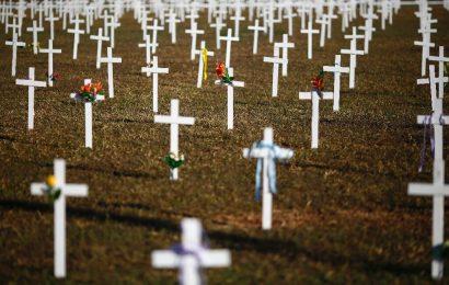Virus-der Tod Maut trifft zu 500.000, LA fährt in den bars wieder, als UNS kämpfen