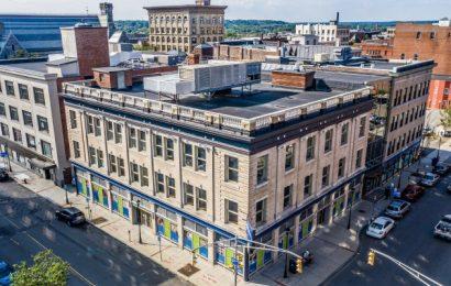 Holyoke Health Center Meldungen, die Zoom-und Tele-tech zu ersetzen, die in-person-Besuche