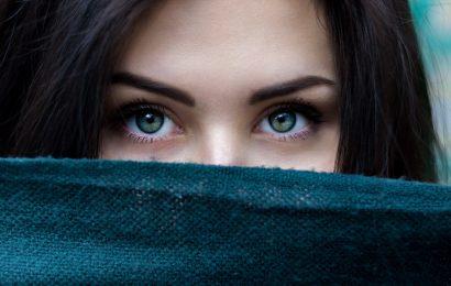 Low-Kohlenhydrat-Diät kann im Zusammenhang mit geringeres Risiko, eine blendende Augenkrankheit