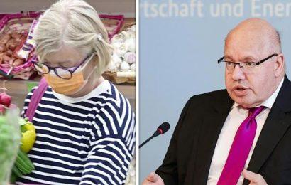 Trumpträgt erstmals Mund-Nasen-Schutz in der Öffentlichkeit