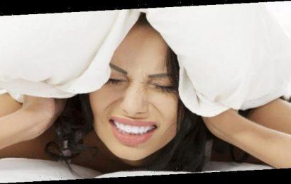 Schlafstörungen: Wie Gewichte in der Decke helfen können – Naturheilkunde & Naturheilverfahren Fachportal