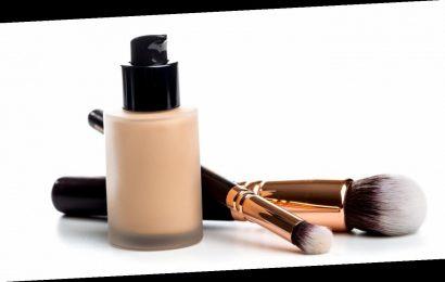 Natürlicher Teint: CC Cream gegen Rötungen, Pigmentstörungen und kleine Fältchen
